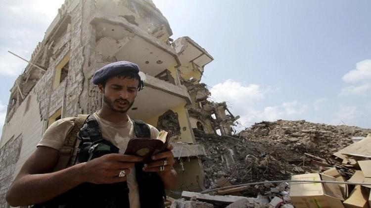 معارك بين القوات اليمنية ومسلحي القاعدة في عدن