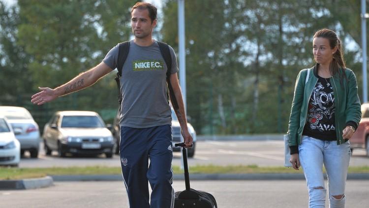كابتن المنتخب الروسي يعود إلى دياره بعد 15 عاما