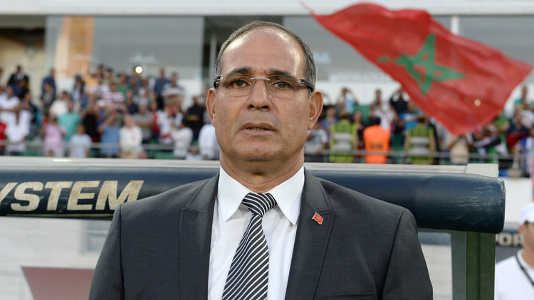 رسميا .. إقالة مدرب منتخب المغرب بادو الزاكي