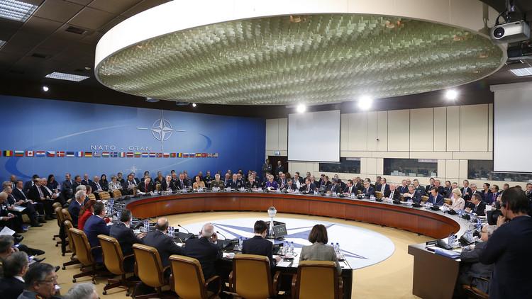 الناتو سيدعم العملية البحرية في بحر إيجة لوقف تدفق المهاجرين