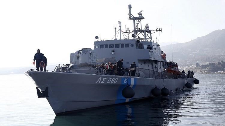 اليونان.. مقتل 3 جنود في تحطم طائرة عمودية للبحرية ببحر إيجة