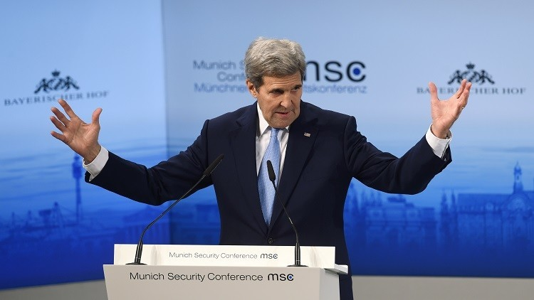 كيري: العقوبات الغربية ضد روسيا باقية حتى تنفيذ اتفاقات مينسك