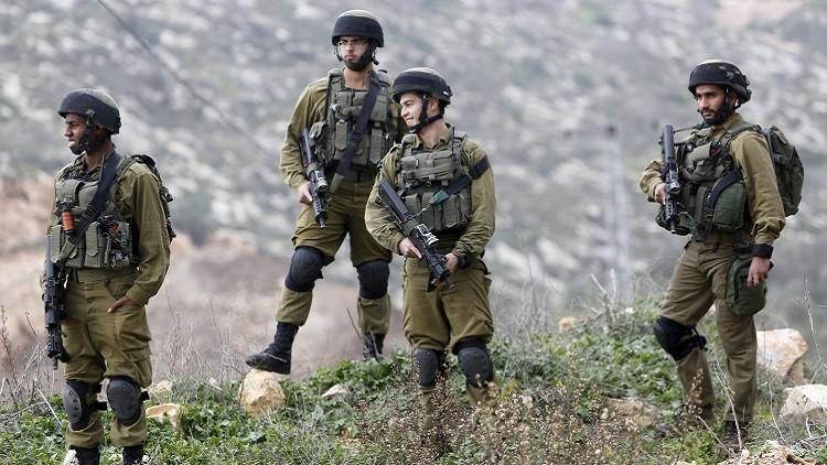 مصادر فلسطينية: إصابة 3 من أفراد الشرطة الإسرائيلية وإطلاق النار على 3 شبان فلسطينيين