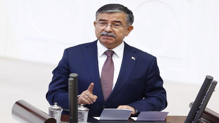 وزير الدفاع التركي: جيشنا لم يدخل الأراضي السورية