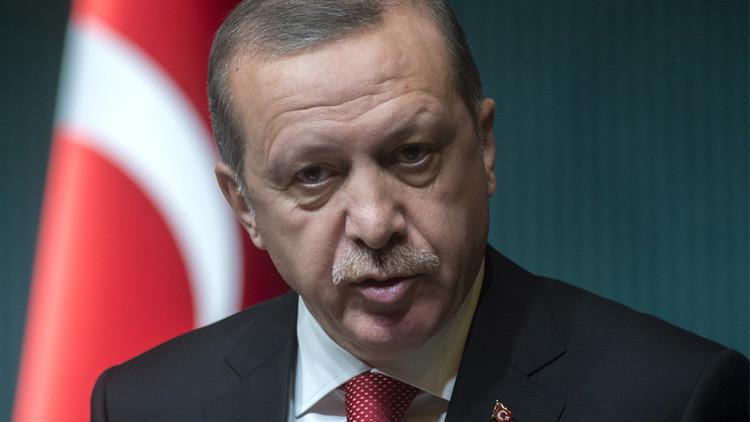 خبير: فشل سياسة أردوغان في سوريا سيثير النخب ضده