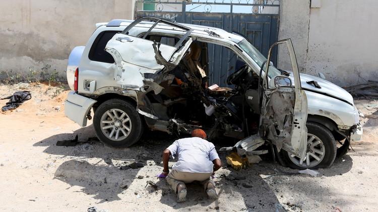 مقتل وزير الدفاع الصومالي الأسبق في تفجير إرهابي وسط مقديشو