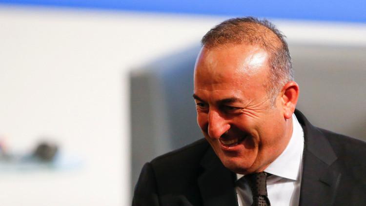 الضباب يمنع وزير الخارجية التركي من زيارة جورجيا