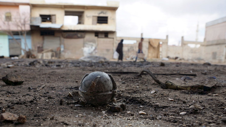 من يقف وراء الغارات القاتلة في سوريا؟