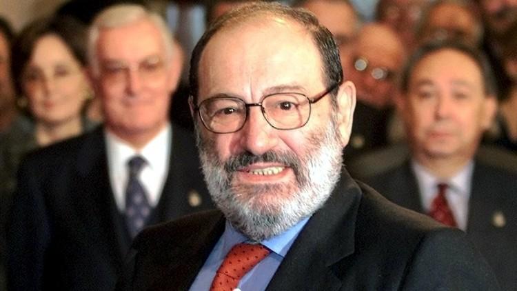 رحيل الكاتب الإيطالي أومبرتو إيكو عن عمر 84 عاما