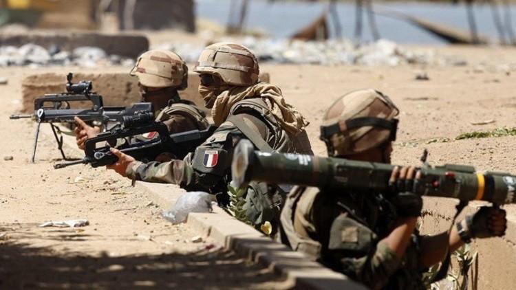 فرنسا تتعهد بزيادة الدعم العسكري لدول الساحل الإفريقي