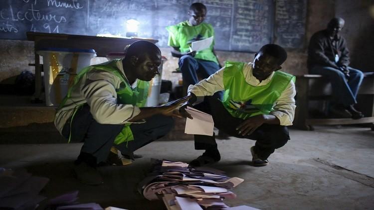 انتخابات إفريقيا الوسطى.. دولوجيليه يقر بالهزيمة