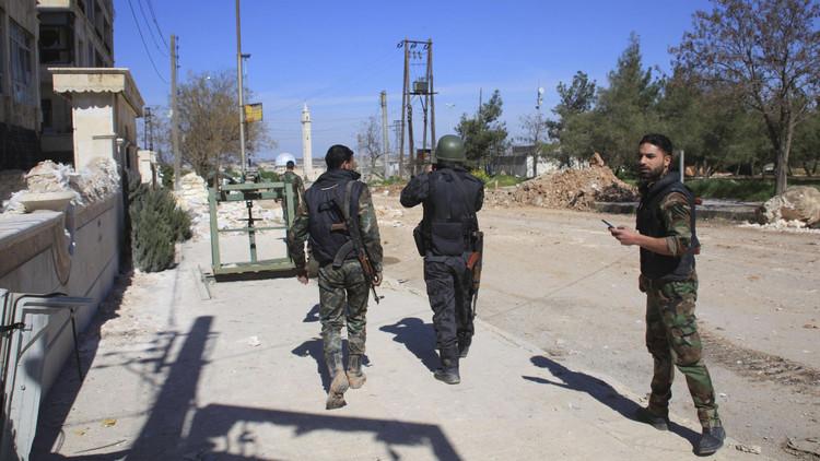 الجيش السوري يستعيد السيطرة على طريق حلب - خناصر