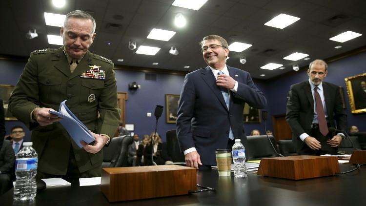 كارتر: العسكريون الروس في سوريا مهنيون إزاء بيان التفاهم