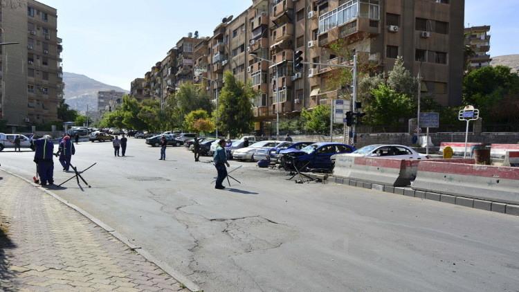 سقوط قذائف هاون على مناطق سكنية بدمشق (فيديو)