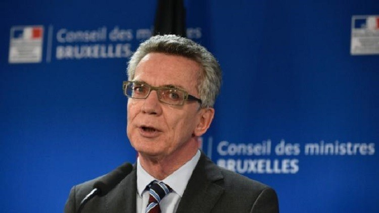 وزير الداخلية الألماني: نسعى إلى ترحيل اللاجئين من المغرب والجزائر وتونس