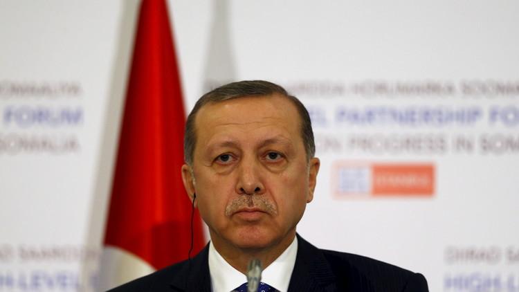 أردوغان لا يكن احتراما  لقرار المحكمة الدستورية حول إطلاق سراح الصحافيين الأتراك