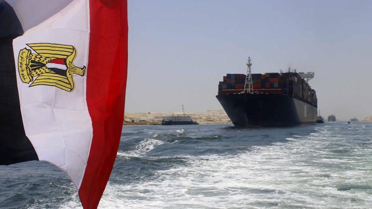 النفط الرخيص نقمة على قناة السويس ونعمة لشركات الملاحة
