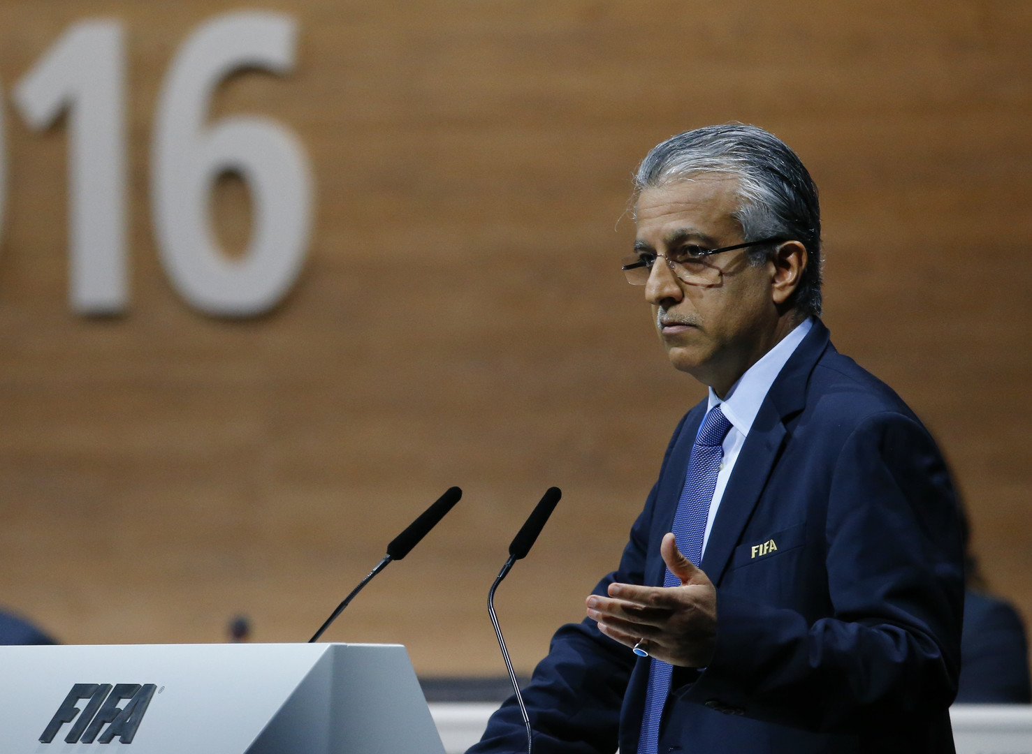السويسري جياني إنفانتينو يفوز برئاسة الاتحاد الدولي لكرة القدم (فيفا)