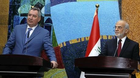 نائب رئيس الوزراء الروسي دميتري روغوزين ووزير الخارجية العراقي ابراهيم الجعفري