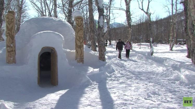 أول فندق من الثلج يدشن في روسيا (فيديو)