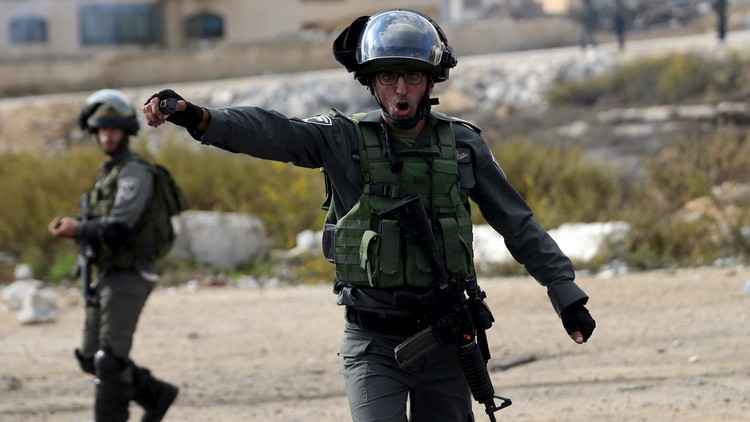 الشرطة الإسرائيلية تعتقل فلسطينية بالأغوار بتهمة طعن شرطي