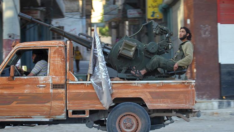 """وزارة الدفاع الروسية: تم الاتفاق مع قائد """"جيش الإسلام"""" في سوريا على وقف إطلاق النار"""