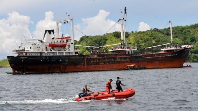الشرطة اليونانية تعثر على أسلحة تنقلها سفينة من توغو