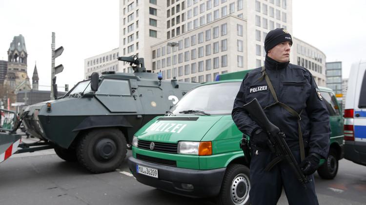 الشرطة الألمانية تحتجز مواطنا روسيا بتهمة العمل مع