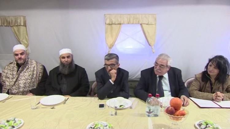 أطراف سورية تناقش مسألة المصالحة في قاعدة حميميم