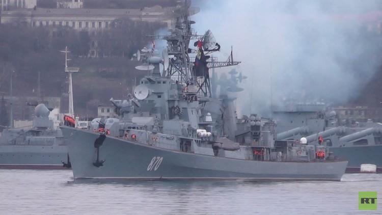 موسكو ترسل سفينة الحراسة