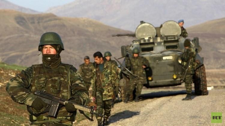 مقتل 13 مسلحا  كرديا  وجنديين تركيين  في مواجهات جنوب شرق تركيا