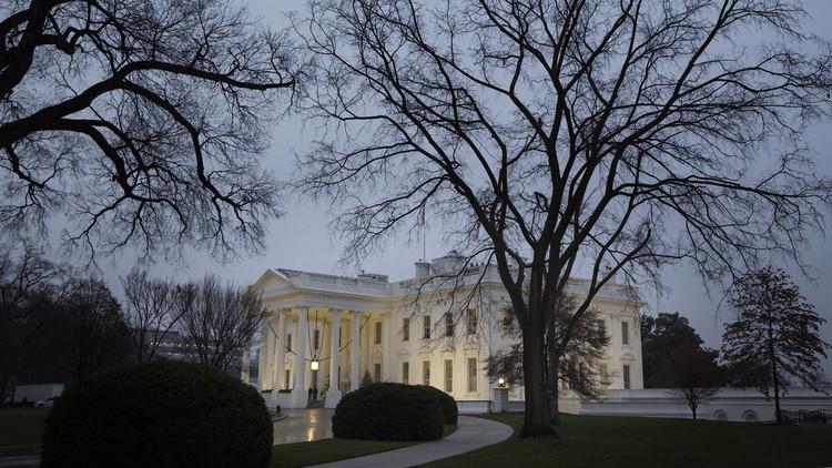 البيت الأبيض يجدد استعداده لضرب أهداف إرهابية في ليبيا