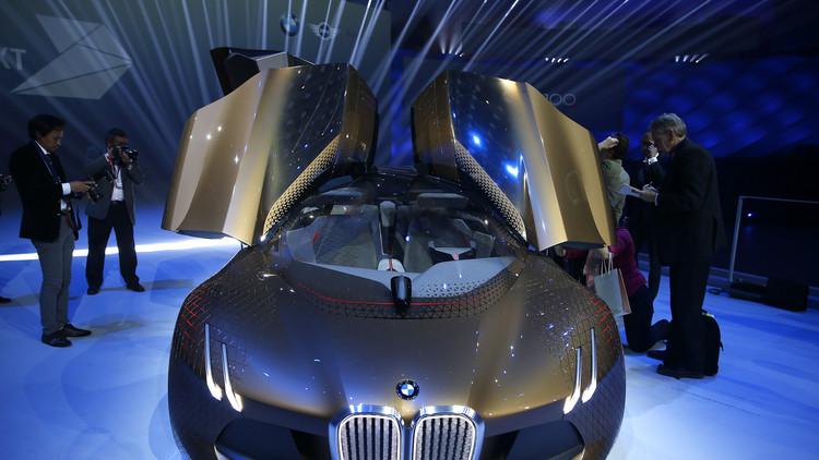 100 عام على العملاق BMW .. من محركات الطائرات إلى صناعة السيارات