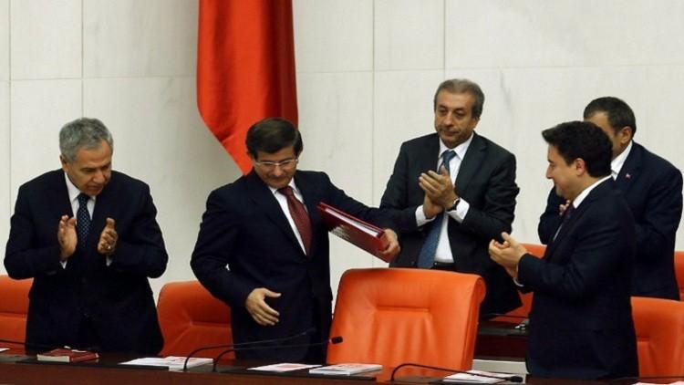 جهود تركية حثيثة لرفع الحصانة عن نواب حزب مؤيد للأكراد