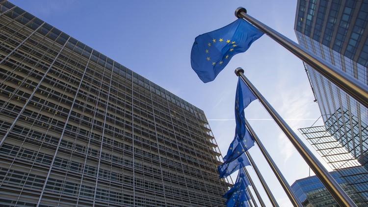 الاتحاد الأوروبي يمدد عقوبات على أفراد بسبب الأزمة الأوكرانية