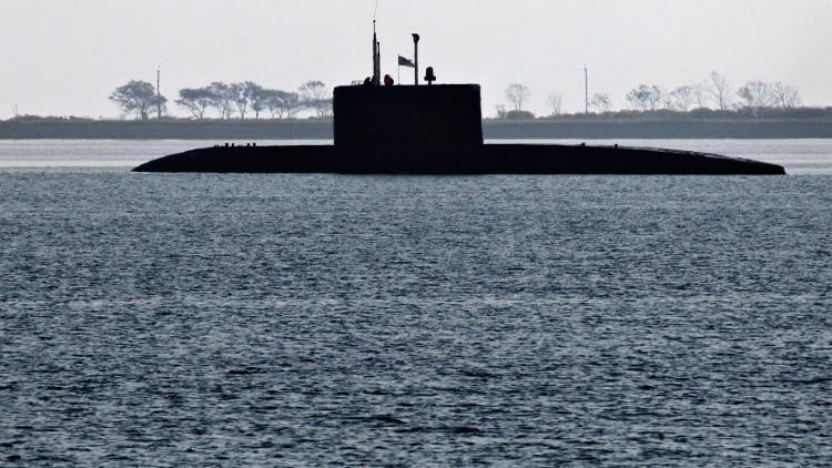 ظهور غواصة نووية روسية عند الشواطئ الفرنسية