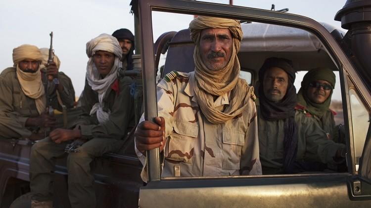قبائل من الطوارق تتفق على وقف إطلاق النار شمالي مالي