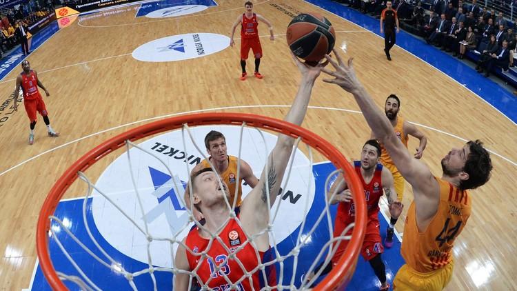 برشلونة ينتزع فوزا مثيرا من تسيسكا موسكو في الدور الأوروبي