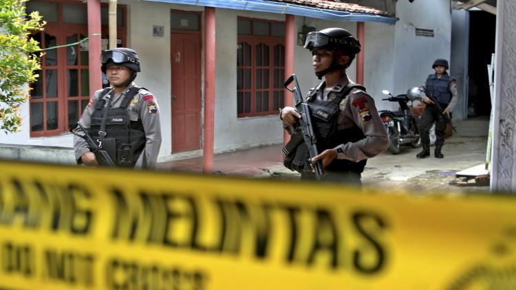 إندونيسيا توقف 14 شخصا كانوا ينوون التوجه إلى سوريا