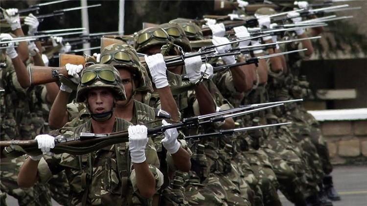 الدفاع الجزائرية تدعو إلى