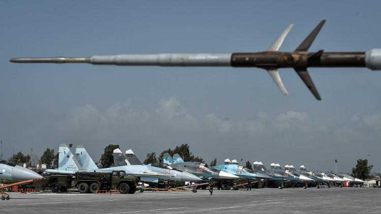 الطائرات الحربية الروسية تبدأ مغادرة