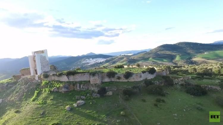 حصن تاريخي في إسبانيا: ترميم أو إعادة بناء؟ (فيديو)