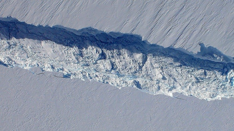 باحثون:  الجرف الجليدي  نانسن سينفصل عن الأنتاركتيكا قريبا