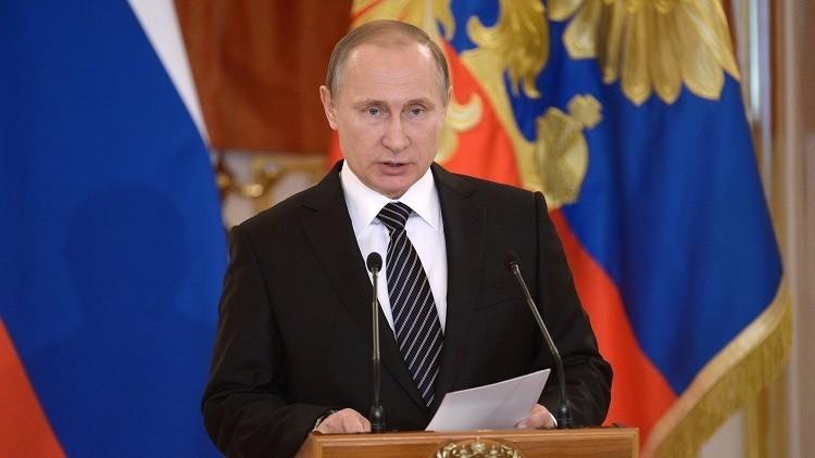 الرئيس بوتين يكشف عن تكلفة العملية العسكرية في سوريا