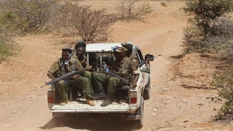 مقتل 12 جنديا كينيا على يد