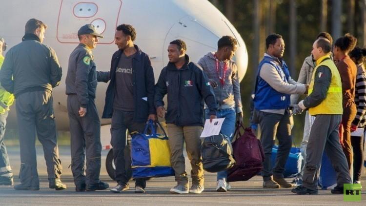 السويد تسن قانونا جديدا لتحديد العمر الحقيقي لللاجئين