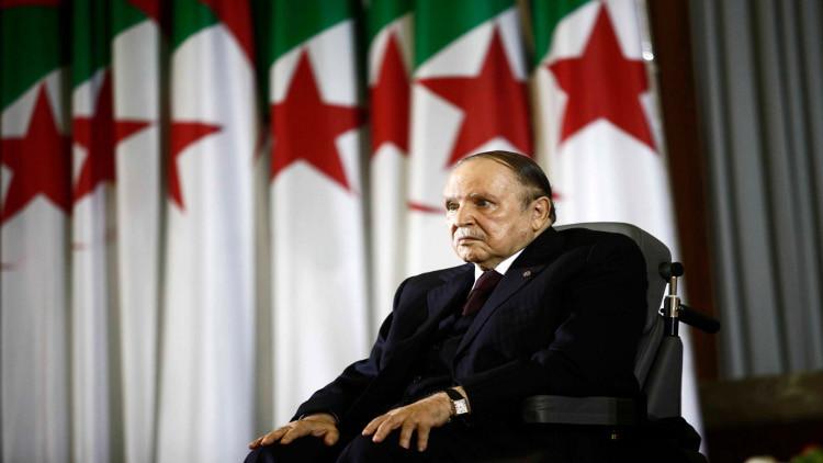 بوتفليقة للسبسي: مصرون على مواجهة الإرهاب بتوحيد الجهود مع تونس