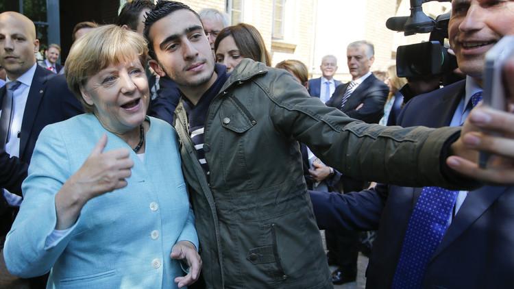 زعيم حزب ألماني: ميركل غيرت سياستها المرحبة باللاجئين