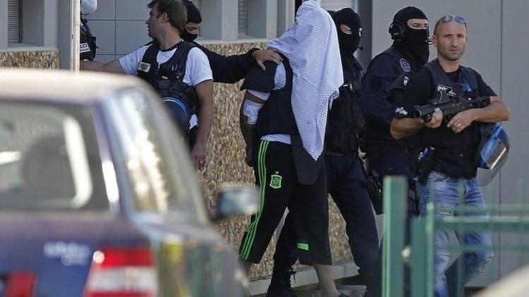 الادعاء الفرنسي يضع شخصا يشتبه في صلته بداعش قيد التحقيق