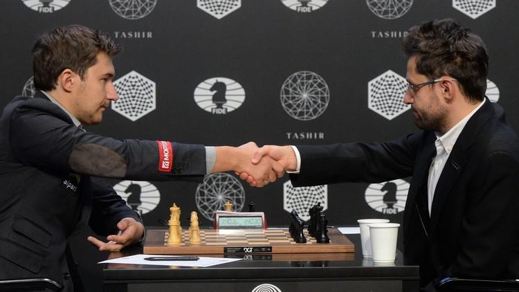 الروسي كارياكين يحتفظ بصدارة دورة المرشحين الثمانية لتحدي بطل العالم للشطرنج